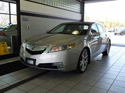 Photo 1:  2010 Acura TL Technology in Toledo, OH exterior view from front driver's side
