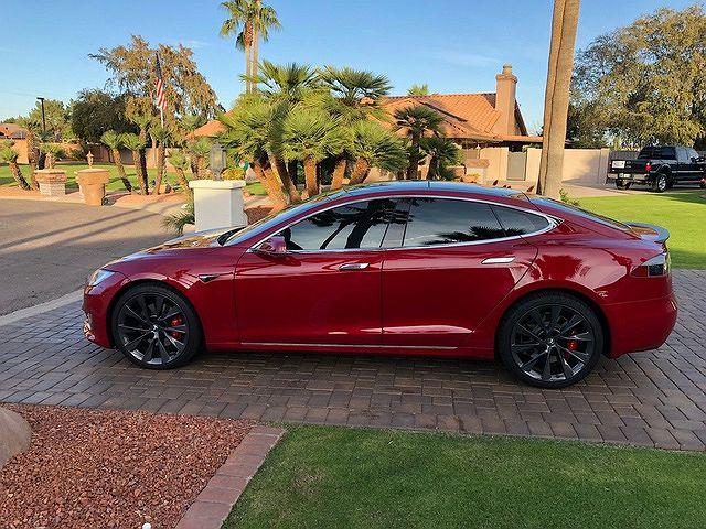 2018 Tesla Model S in Omaha, NE - 5YJSA1E4XJF250484