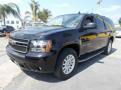 Photo 1:  2009 Chevrolet Suburban 1500 LT LT1 in La Puente, CA
