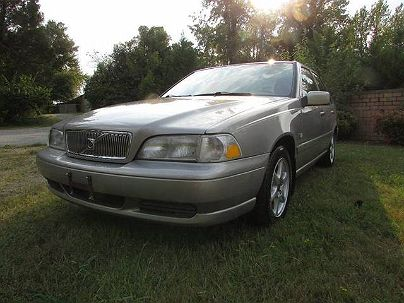 Photo 1: Champagne 1999 Volvo S70 Base in Thomasville, NC