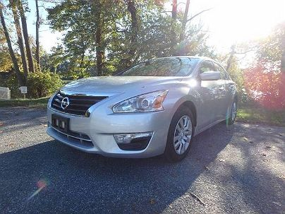 Photo 1:  2015 Nissan Altima S in Smyrna, DE