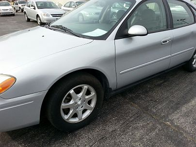 Photo 1:  2007 Ford Taurus SEL in Crystal City, MO exterior view of driver's side