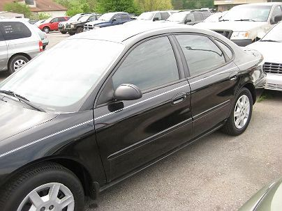 Photo 1:  2007 Ford Taurus SE in Moody, AL