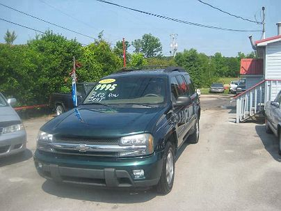 Photo 1:  2004 Chevrolet TrailBlazer EXT LT in Moody, AL exterior view from front driver's side