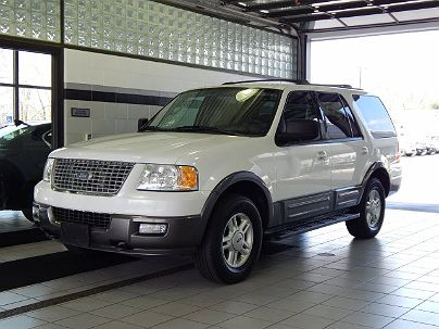 Photo 1:  2004 Ford Expedition XLT in Toledo, OH exterior view from front driver's side