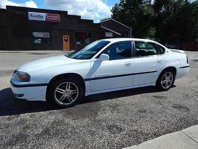 Photo 1:  2000 Chevrolet Impala LS in Manito, IL exterior view from front driver's side