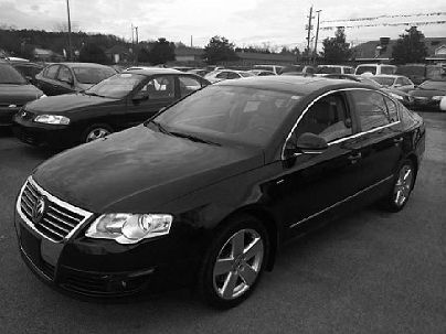 Photo 1:  2007 Volkswagen Passat Wolfsburg Edition in Moody, AL exterior view from front driver's side