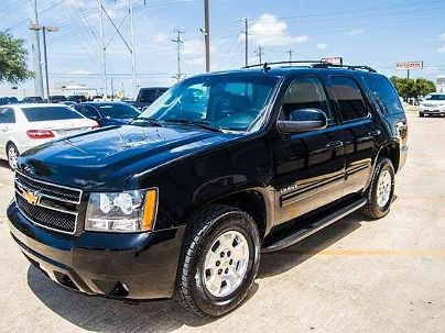 Photo 1:  2013 Chevrolet Tahoe LT in Austin, TX exterior view of passenger side