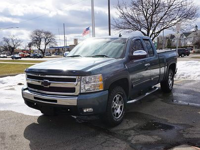 Photo 1: Arrival Blue 2010 Chevrolet Silverado 1500 LT in Royal Oak, MI exterior view from front driver's side