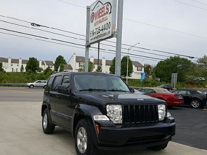 Photo 1:  2010 Jeep Liberty Sport in Columbus, OH exterior view from rear passenger side