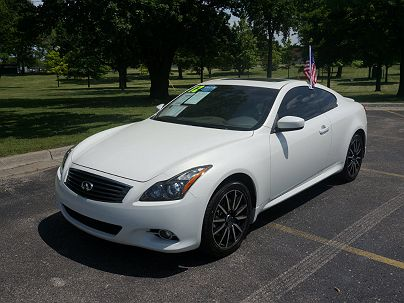Photo 1: Moonlight White 2012 Infiniti G37 in Royal Oak, MI exterior view from front driver's side