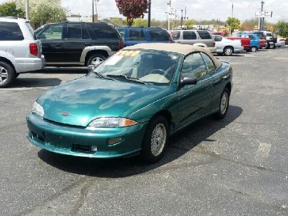 Photo 1:  1999 Chevrolet Cavalier Z24 in Beavercreek, OH