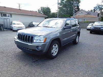 Photo 1:  2007 Jeep Grand Cherokee Laredo in Redford, MI exterior view from front driver's side