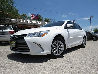 Photo 1: White 2017 Toyota Camry In Corpus Christi TX Exterior View From  Front Driveru0027s