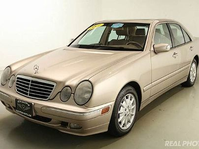 Photo 1:  2001 Mercedes-Benz E 320 in Westchester, IL