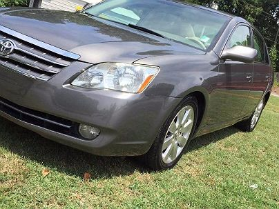 Photo 1:  2006 Toyota Avalon Limited Edition in Decatur, GA