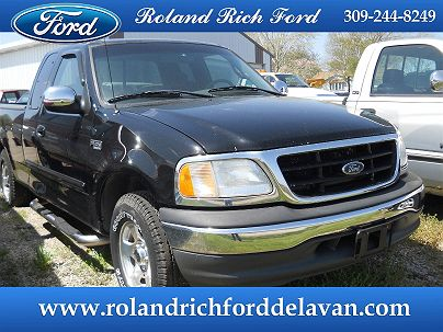 Photo 1:  2001 Ford F-150 XLT in Delavan, IL