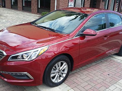 Photo 1:  2015 Hyundai Sonata SE in Jacksonville, FL exterior view from front driver's side