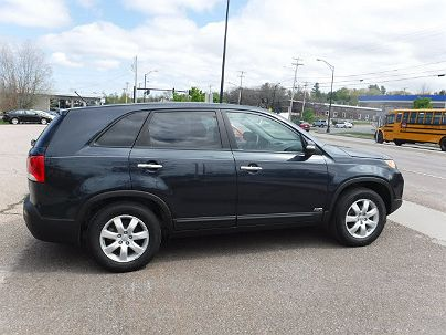 Photo 1: Baltic Blue 2012 Kia Sorento LX in South Burlington, VT exterior view of passenger side