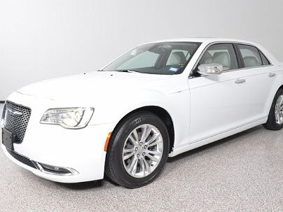 Photo 1:  2015 Chrysler 300 C in Carrollton, TX exterior view from front driver's side