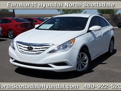 Photo 1:  2013 Hyundai Sonata GLS in Scottsdale, AZ exterior view from front driver's side