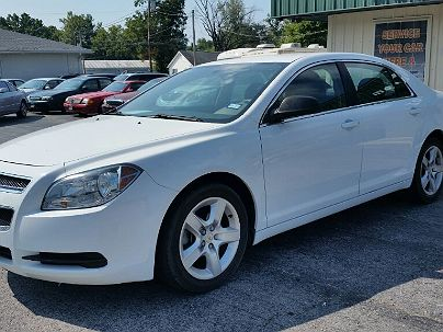 Photo 1:  2011 Chevrolet Malibu LS in Crystal City, MO exterior view from front driver's side