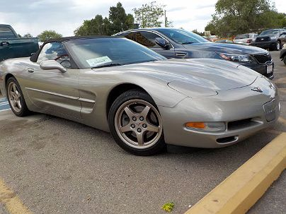 Photo 1: Light Pewter Metallic 2001 Chevrolet Corvette Base in Albuquerque, NM