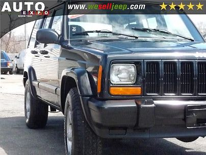 Photo 1:  2001 Jeep Cherokee Sport in Huntington, NY