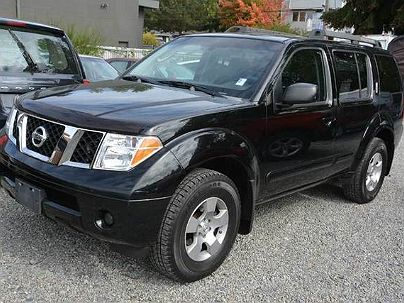 Photo 1:  2005 Nissan Pathfinder XE in Seattle, WA exterior view from front driver's side