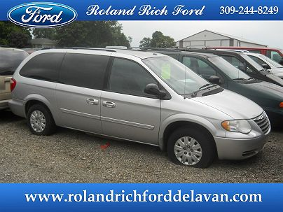 Photo 1: Bright Silver Metallic 2006 Chrysler Town & Country LX in Delavan, IL
