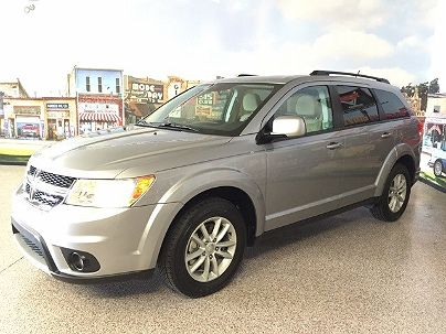 Photo 1:  2015 Dodge Journey SXT in Carrollton, TX exterior view from front driver's side