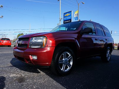 Photo 1:  2007 Chevrolet TrailBlazer LT in New Haven, IN exterior view from front driver's side
