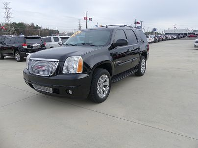 Photo 1:  2009 GMC Yukon SLT in Cullman, AL exterior view of driver's side
