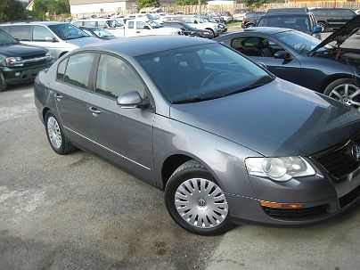 Photo 1:  2006 Volkswagen Passat Value Edition in Moody, AL