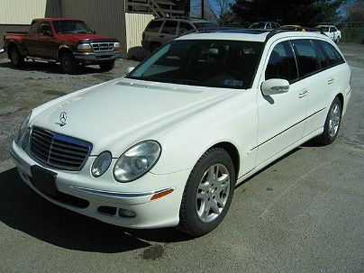 Photo 1:  2006 Mercedes-Benz E 350 in Butler, PA exterior view from front driver's side