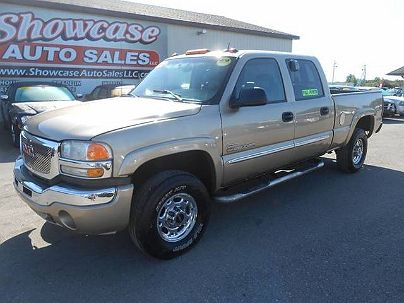 Photo 1:  2004 GMC Sierra 2500HD SLT in Chesaning, MI exterior view of driver's side