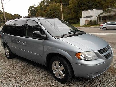 Photo 1:  2006 Dodge Grand Caravan SXT in Pittsburgh, PA exterior view of driver's side