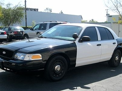 Photo 1:  2005 Ford Crown Victoria Police Interceptor in Anaheim, CA exterior view from front driver's side