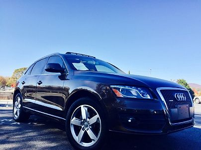 Photo 1:  2011 Audi Q5 Premium Plus in Marietta, GA exterior view from front driver's side