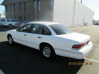 Photo 1:  1996 Ford Crown Victoria LX in Anaheim, CA