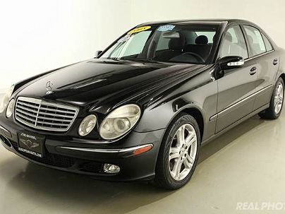 Photo 1:  2005 Mercedes-Benz E 500 in Westchester, IL