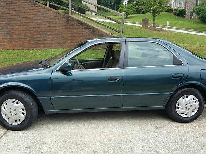 Photo 1:  1997 Toyota Camry LE in Fairburn, GA exterior view of driver's side